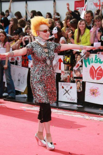 Певица на красной дорожке церемонии вручения премии «Муз-ТВ» в 2008 году.