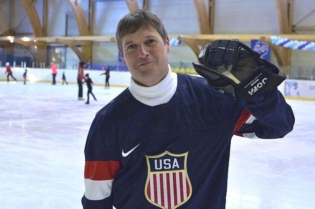 Генконсул США во Владивостоке Эрик Холм-Олсен любит спорт.