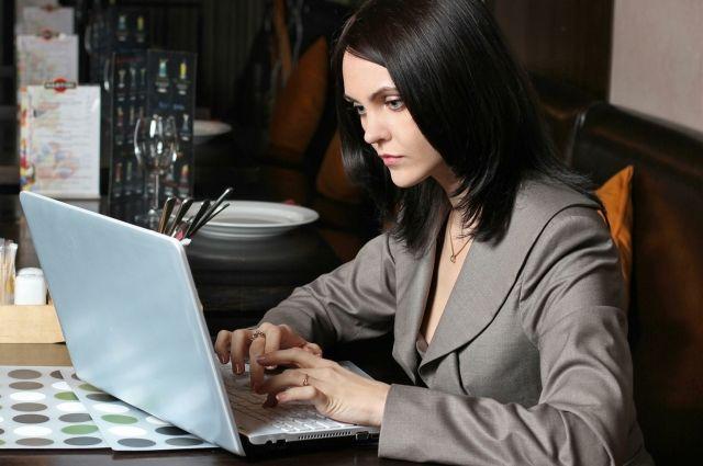 Услугой «Сбербанк ОнЛ@йн» пользуется все больше клиентов.