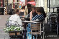 На летних террасах кафе курение разрешено