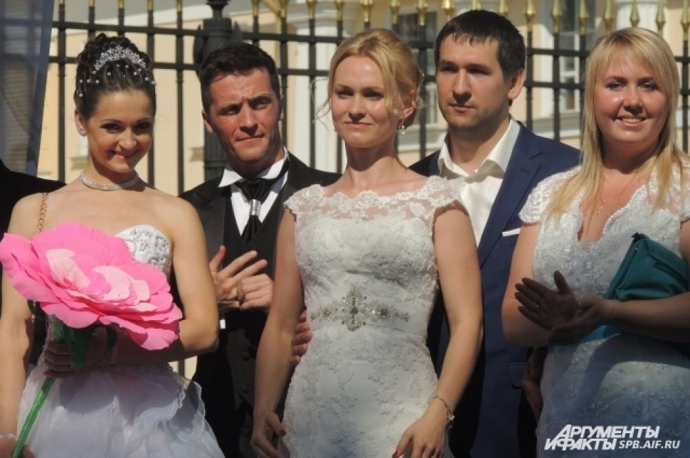 Такая свадьба запомнится молодоженам на всю жизнь.