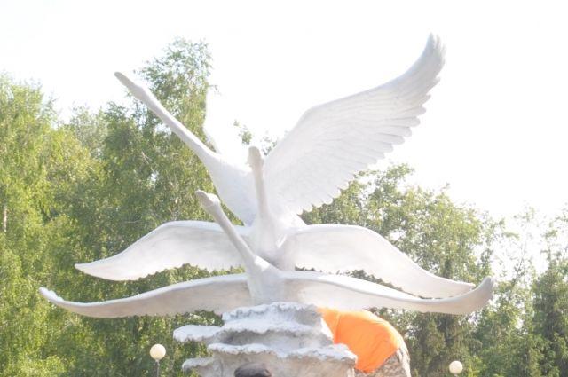 Скульптура украсит Старозагородную рощу Омска.