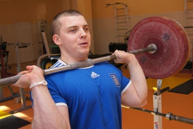 Алексей Ларин - человек с железным характером.