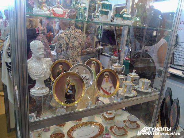 Накануне «Царских дней в Екатеринбурге» на ИННОПРОМе можно увидеть лики семьи Романовых.