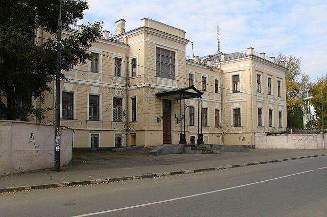 Бывшая Александровская больница, сегодня один из старых корпусов института хирургии имени Вишневского на улице Щипок.