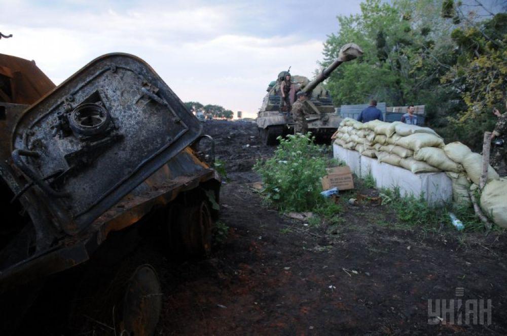 Отремонтированная самоходная гаубица «Акация» на территории одного из базовых лагерей АТО возле Изюма в Харьковской области