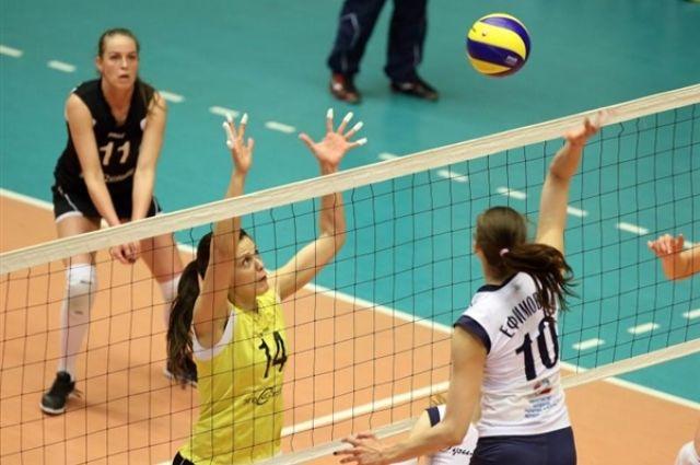 Волейболистки России будут бороться за первое место в Кубке Ельцина