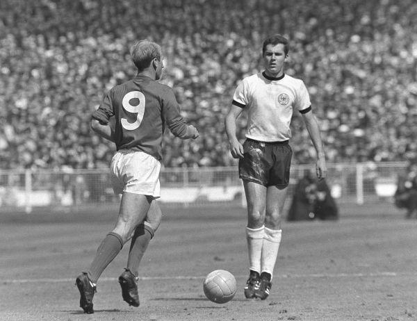 Англия – Германия: 4:2. 1966 год.  Стадион Уэмбли, Англия, Лондон. ЧМ по футболу 1966 года был первым чемпионатом, транслирующимся для граждан СССР. В дополнительное время, на 98-ой минуте матча англичане забивают 4-ый гол в ворота немцев и одерживают бесспорную победу.