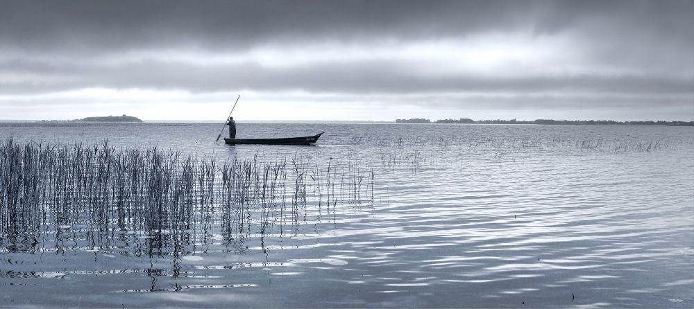 Шестое место. «Озеро Свитязь на рассвете». Шацкий национальный природный парк, Волынская область. Автор: Павел Мокрицкий