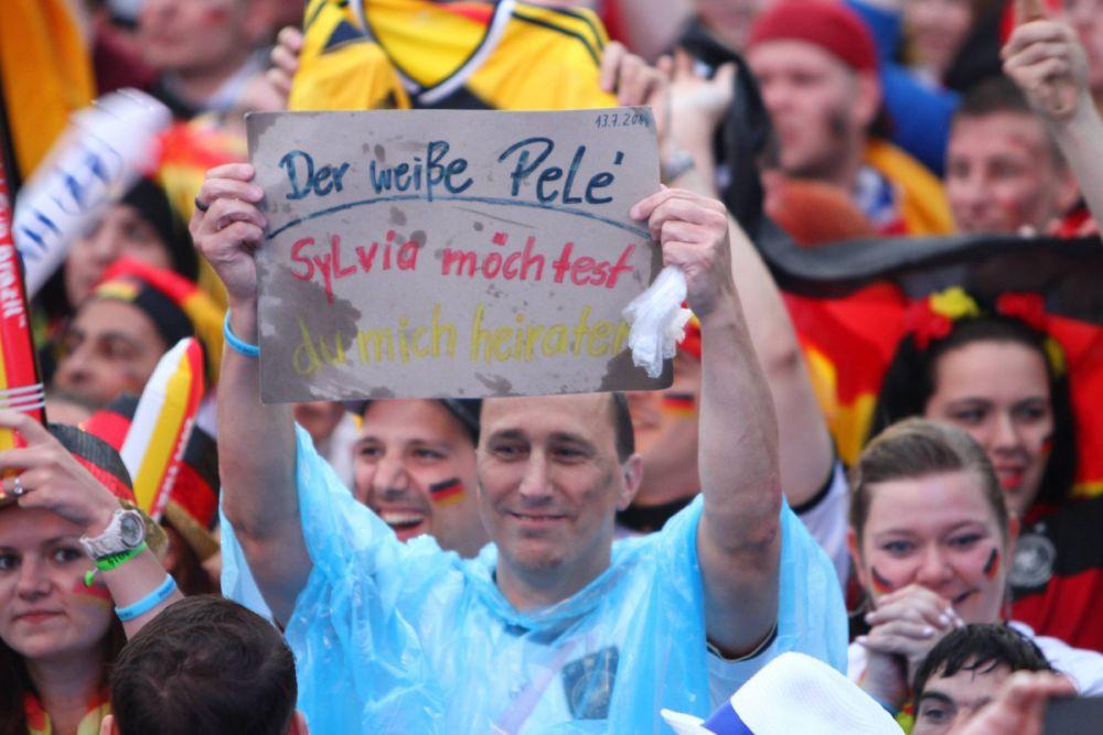 Аргентинцы показывают всему миру, как надо болеть за любимую команду