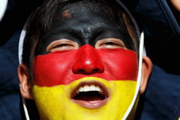 Боевая раскраска от болельщика за сборную Германии