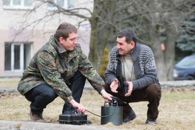 Батыр Каррыев (справа): «Нужно менять строительные нормативы с учётом сейсмики».
