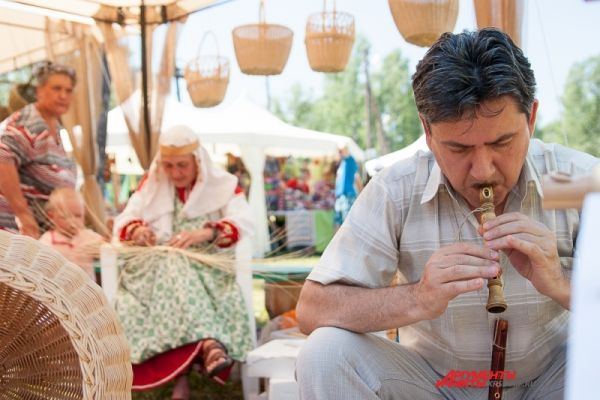 Более 200 участников «Города мастеров» предложили гостям фестиваля свои изделия.