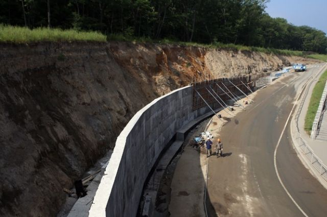 Реконструкция подпорной стены во Владивостоке
