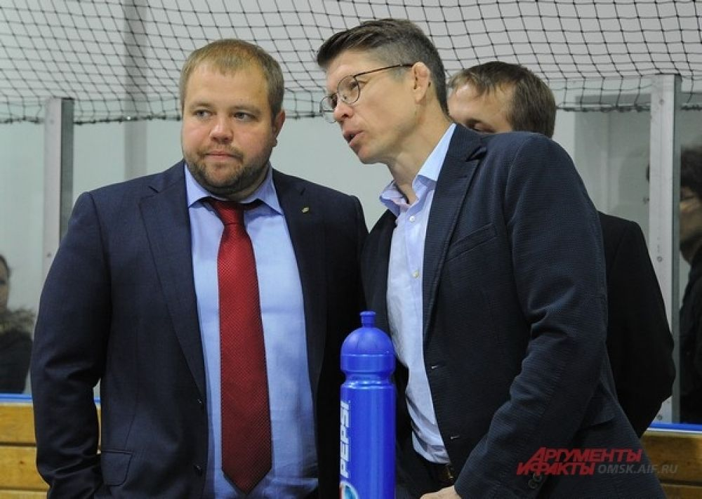 Омские хоккеисты готовятся к новому сезону.