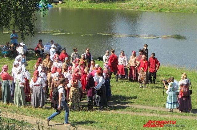 Народный праздник прошел в Муромцево.