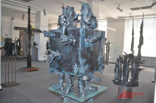 Скульптура Александра Капралова.