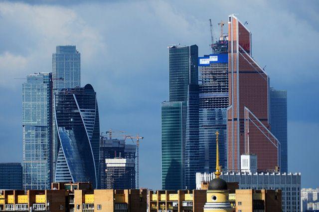 Московский международный деловой центр «Москва-сити» на Краснопресненской набережной.