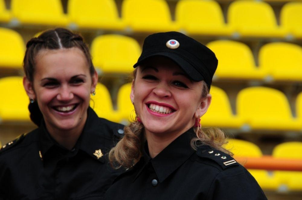 В забегах на 1000 метров среди женщин победительницы показали результат уровня кандидатов в мастера спорта.