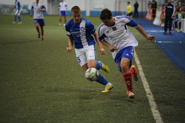 Омских футболистов теперь будет тренировать новый тренер.