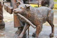 Памятники животным набирают популярность в Иркутске.