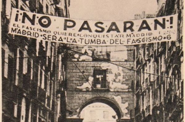 28 марта 1939 года франкисты без боя заняли Мадрид, 1 апреля режим Франко установился по всей территории Испании, было объявлено об окончании гражданской войны.