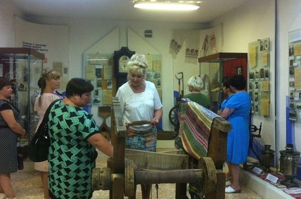 Вице-губернатор Татьяна Заболотная посетила музей и поговорила с коллективом о проблемах учреждения.