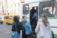 Стоимость проезда на автобусах и маршрутках сровнялась.