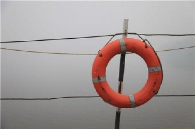 Спасательный круг необходим утопающему.