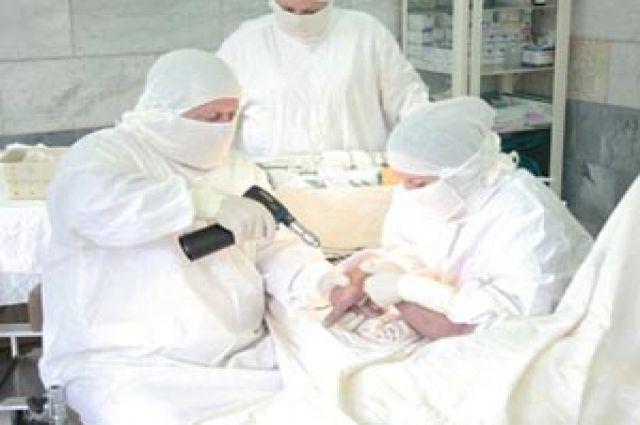 Операция была проведена омскими микрохирургами.