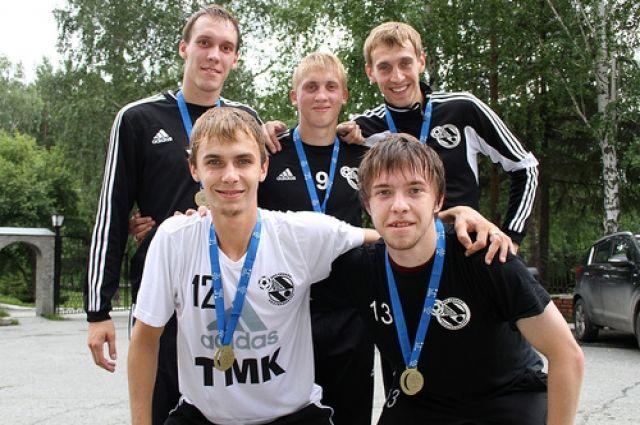 Чемпионы мира по мини-футболу среди студентов вернулись в Екатеринбург