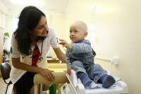 Среди переселенцев, обратившихся в больницу, есть и дети.