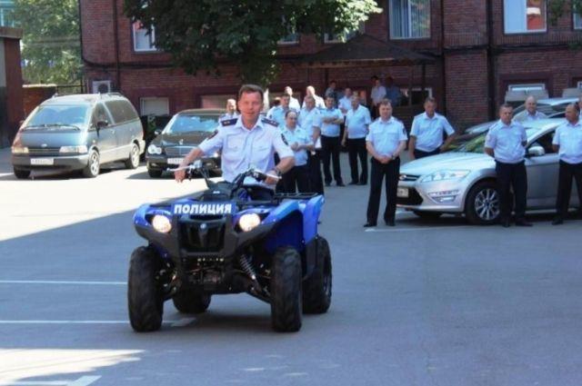 Тест-драйв новых квадроциклов провёл лично начальник управления Евгений Мартынов.