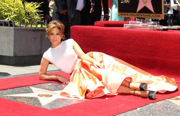 Лопес стала успешной бизнесвумен и в модельном бизнесе. Она представила линию одежды и новый бренд - JLo by Jennifer Lopez: модели, ориентированные на молодых женщин. Через три года певица запустила еще одну марку - Sweetface.