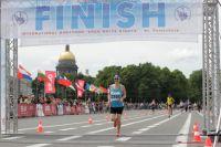 42 км по Санкт-Петербургу Галина пробежала за 4 часа 12 минут и стала 12-й.