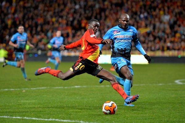 Самым маленьким футболистом ЧМ-2014 был камерунец Эдгар Салли. Его рост – 163 см.