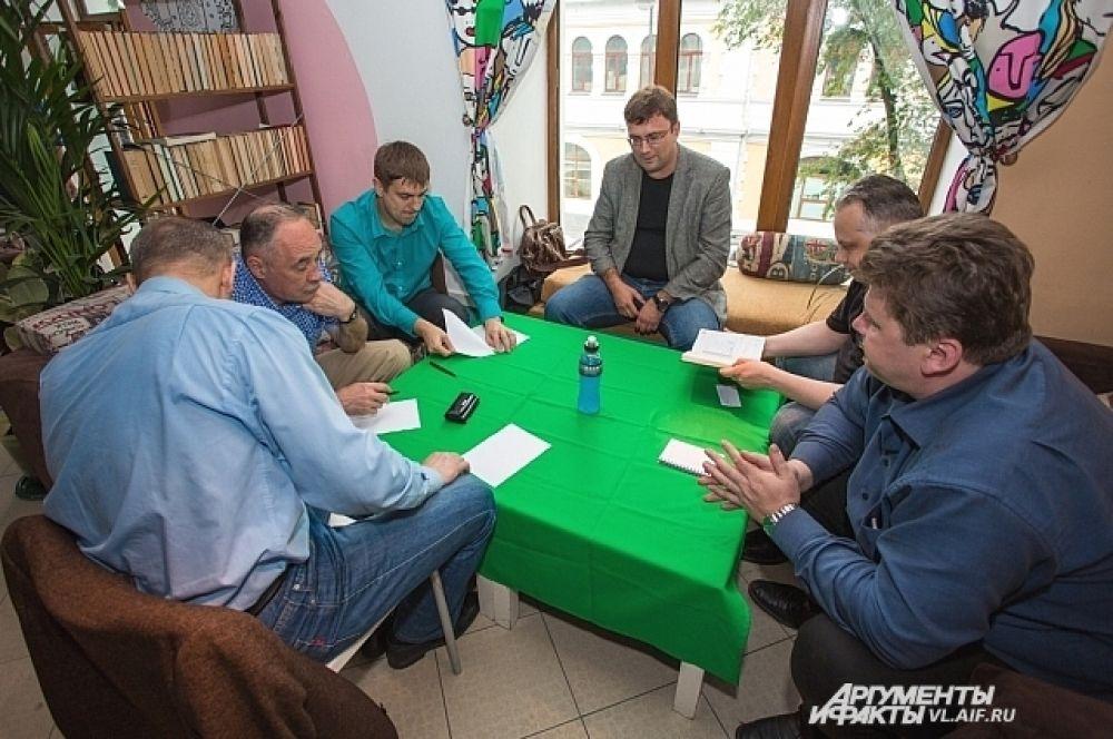 Шесть игроков команды «АиФ-Приморье».