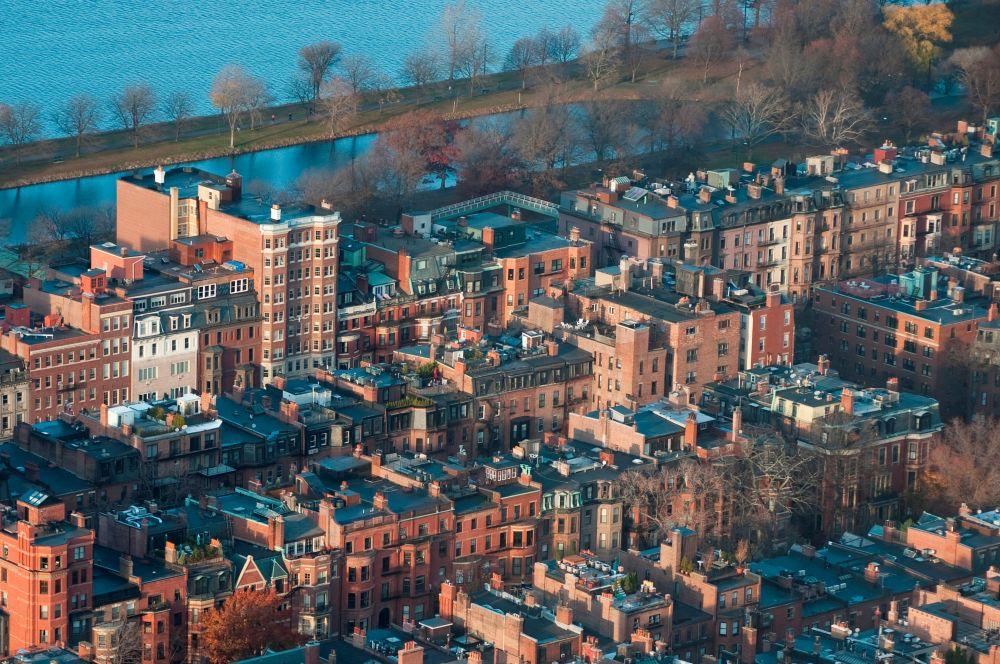 Окончательное изображение в наши дни получается в результате обработки данных специальными вычислительными комплексами – Цифровыми фотограмметрическими станциями. На фото: Бостон.