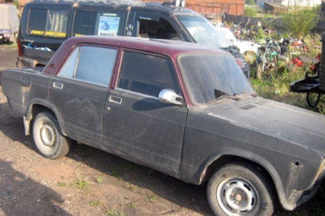 Автомобиль, которым управлял нарушитель, поместили на арестплощадку.