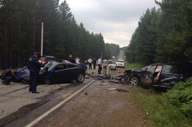 Обгон на трассе в Иркутском районе стоил двух жизней.