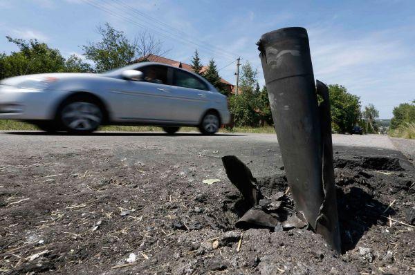 Западнее хутора Примиусского в это же время под миномётный обстрел попала следственная группа СК РФ. В общей сложности было выпущено 47 артиллерийских мин. Группа эвакуирована под прикрытием бронетехники.