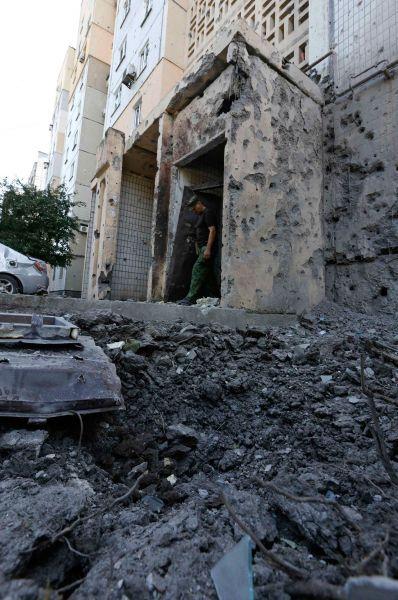 Во вторник в результате обстрела автобуса с беженцами на востоке Украины погиб трёхлетний ребёнок. Ещё 12 пассажиров получили огнестрельные ранения.
