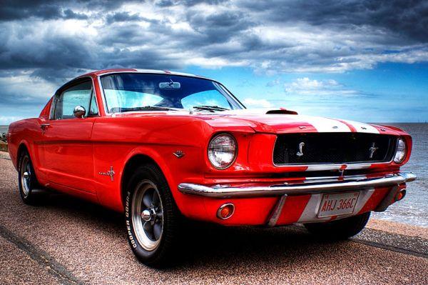 Вероятно, самым известным автомобилем Ford является «пони-кар» Mustang. Он был создан в 1964 году на базе семейного седана, но за счёт совершенно нового яркого дизайна и агрессивной рекламной кампании за первые полтора года было продано более миллиона таких автомобилей. Сейчас Mustang считается классикой американской автомобильной промышленности.