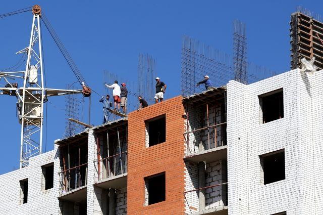 К строительству нового жилого микрорайона уже приступили.