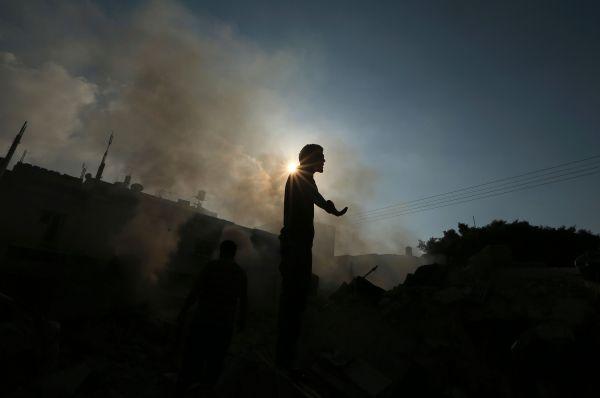Постпред Израиля при ООН Рон Просор и постоянный наблюдатель от Палестины Рияд Мансур выразили своё недовольство решением Совбеза.