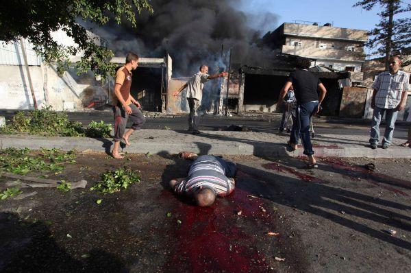 В понедельник обстрел лагеря беженцев привёл к гибели 13 палестинцев, при этом органы здравоохранения сообщают о 21 погибшем.