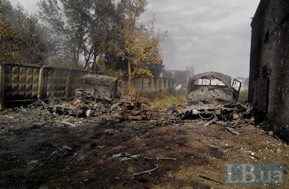 Луганский аэропорт после обстрелов