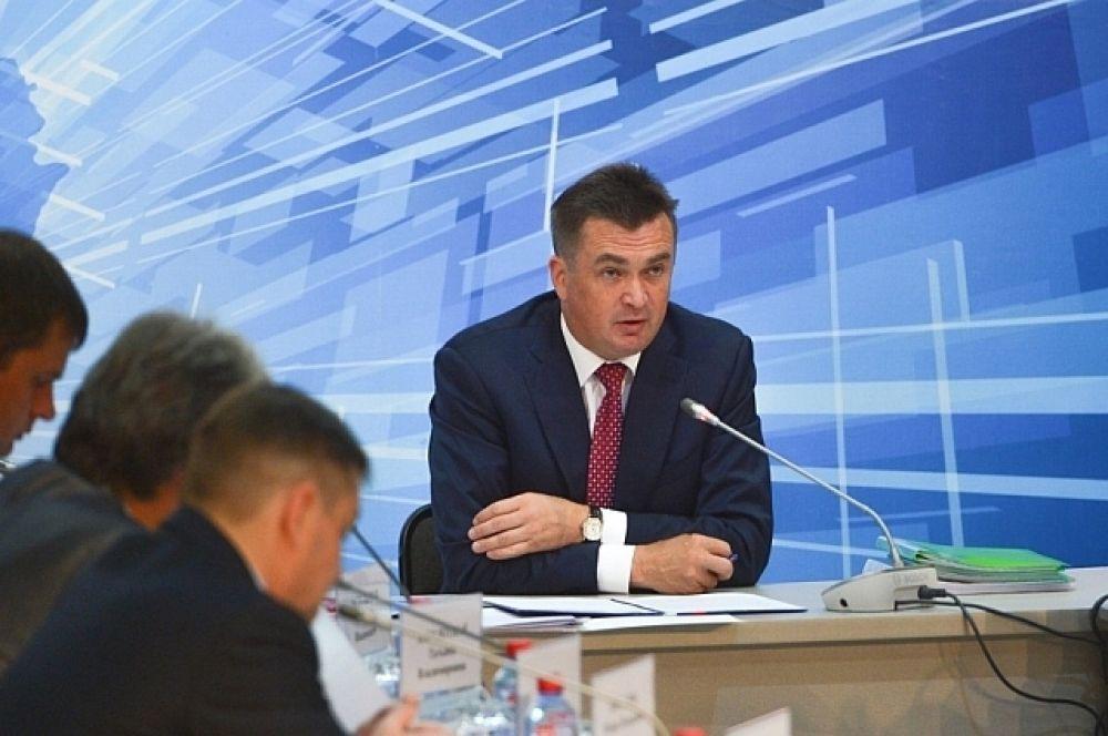 Владимир Миклушевский сообщил, что полноценное авиасообщение в регионе будет обеспечено в ближайшее время.
