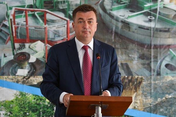 Глава региона поддержал идею создания бизнес-инкубатора на базе филиала ДВФУ для продвижения молодых бизнесменов.