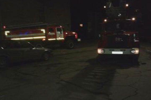 Возгорание площадью 20 квадратных метров удалось потушить в течение 10 минут.